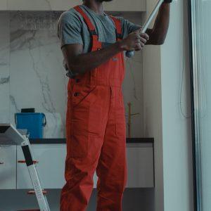 man cleaning a window-tima-miroshnichenko-6197122